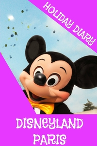 Книга под заказ: «Holiday Diary Disneyland Paris - Girls Edition»